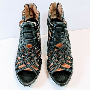 Lucky Brand Shoes 7.5 Black Strappy Look